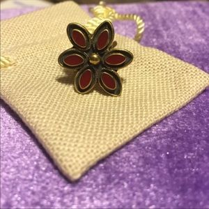 Sunahara Red Gold Tone Flower Midi Ring NWOT 3